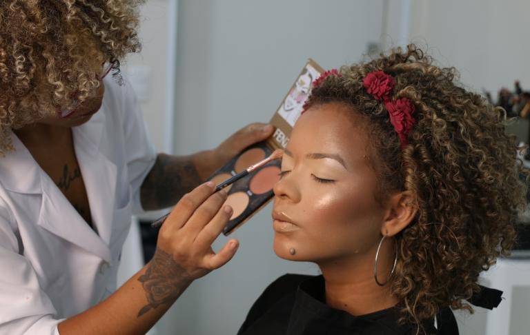 Curso de Maquiagem Profissional (10, 17, 24/11 e 01/12)