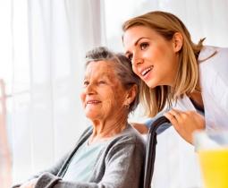 Assistência ao Idoso em Home Care